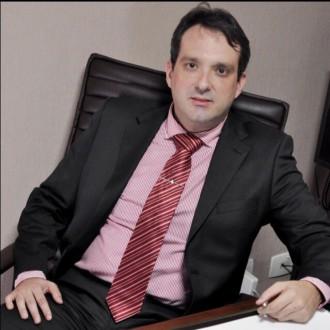 Dr. Heitor Vieira