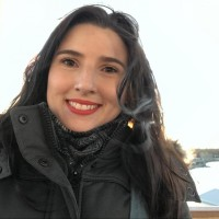 Débora Lopes