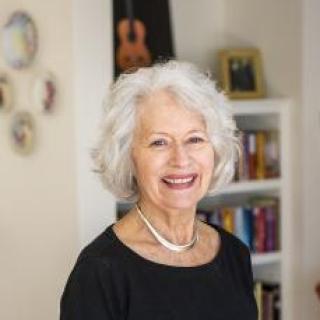 Lynne Viti