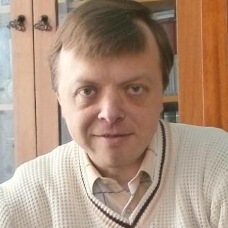 Олег Погинайко