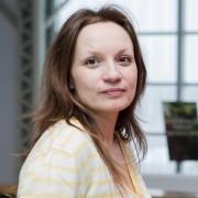 Lianne Castravelli