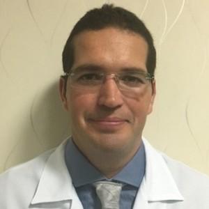 Dr. Henrique Rios